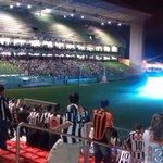 Enquanto isso, tem cerca de 4 mil atleticanos assistindo a final por um telão no Independência. (via @em_com) http://t.co/0uZBw4coiN