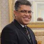 """@eramos_ed: #PSUVRuinaDeVzla Prohibido olvidar xq la Niñera armada de Jaua usaba avión de PDVSA para ir a Brasil? https://t.co/kQe5xToAxK"""