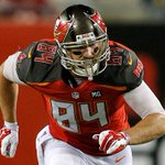 Bucs sign TE Cameron Brate (Naperville Central) to active roster! #WhosNext? 💥💥💥 http://t.co/XSLPgM3flK