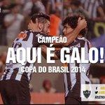 É CAMPEÃO! Fim de jogo no Mineirão, #Galo 1 x 0 Cruzeiro! PODE GRITAR MASSA! É CAMPEÃO!!! http://t.co/IsxihRiPR4