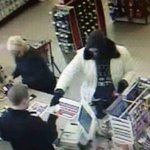 Have you seen this woman? Police say she robbed a CVS in Moorhead this afternoon. @WDAYnews #wdaytv http://t.co/4rOOy7gJmR