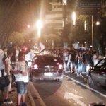 Atleticanos fazem a festa na Savassi http://t.co/mifizt6wTO http://t.co/aS0Z9XUAF0