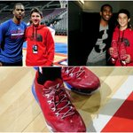 The @LAClippers @CP3 lends a Thanksgiving assist to fan @Jackgallagher3_! READ http://t.co/LCZZT4XY1F http://t.co/D69Y0se7K6