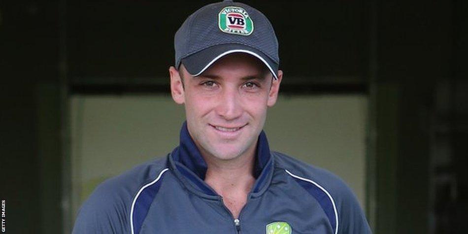 Australia Test batsman Phil Hughes dies after ball struck his head on Tuesday  http://t.co/cUh3tyJ5B0 http://t.co/XYq8sDxKWw