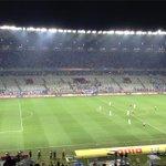 Cruzeirense fazem o maior mosaico branco do mundo em final da Copa do Brasil. @Oledobrasil http://t.co/dCHCmqfhGj
