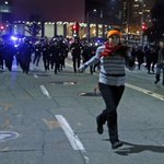 #Oakland sees violent protests for 3rd straight night #Ferguson http://t.co/7me5nAvFDp http://t.co/n7CXm6Q3yw