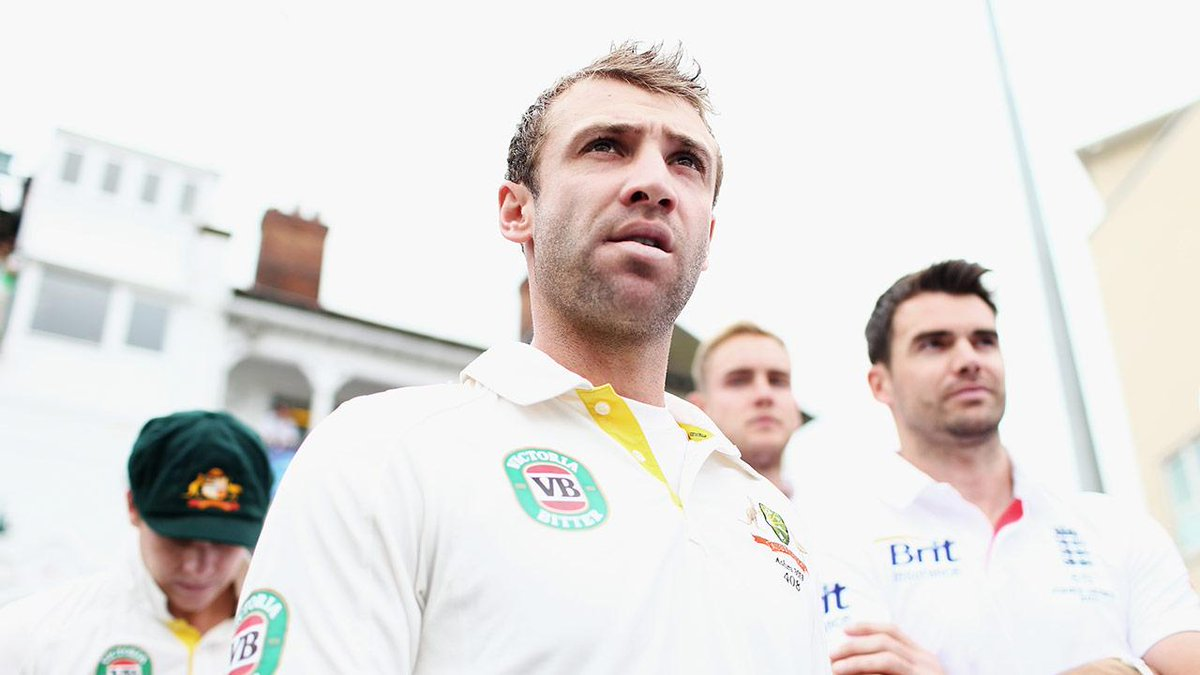 Nottinghamshire CCC would like to offer our sympathies following the passing of Phil Hughes: http://t.co/VcjOlLVfFB http://t.co/OYr2qoMKb6