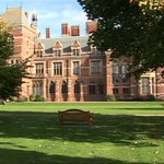 The Grade 1 listed headquarters of a Nottinghamshire council are to be turned into a hotel, spa & conference centre. http://t.co/0RI1WTFTYZ