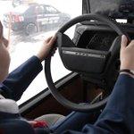 В Госдуме предложили выдавать водительские права с 16 лет. http://t.co/32Qsrc4MkO http://t.co/9zmZ8PJF1o