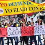 "Seremi frente a anuncios de algunos sostenedores: ""No hay cierre de colegis el 2015"" #Iquique http://t.co/4LtUe4IoMv http://t.co/9IxjUA2nK8"