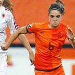 Wij wensen de #OranjeLeeuwinnen vanavond heel veel succes tegen Italië! Op naar het #WK!