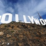 Госдума не будет вводить санкции против американского кино, Голливуд может спать спокойно http://t.co/94gdnbKJEt http://t.co/JCiz4xTC7b