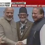 PM #Modi-Nawaz Sharif handshake at #SAARC Summit http://t.co/giBCuembnB