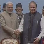 PM @narendramodi and Pakistan PM Nawaz Sharif at SAARC Summit http://t.co/KTjqMB7iP7