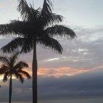 Asi amanecía hoy en Panamá. Bendiciones en el nuevo día! http://t.co/s9dArpeSLW