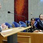 PVV is partij voor de vrijheid van sommigen, niet van allen, stelt minister @LodewijkA http://t.co/ULrJ2B3xrF http://t.co/3WktwQP7KT