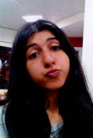 Buscan a una menor de 17 años que desapareció ayer en Vilagarcía. Por favor, retuitea esto http://t.co/dLjoHZmMpL http://t.co/XBL5yyzGvV