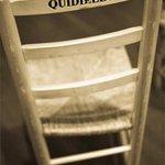 Se alquilan sillas baratitas para esperar sentados que Chaves y Griñán dimitan como ha dimitido Ana Mato http://t.co/dIH4eDPqCh