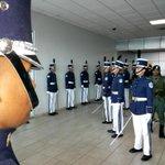 Calle de honor para la Campeona Mundial Atheyna Bylon; en el aeropuerto de Tocumen. @tvnnoticias @tvmaxpanama http://t.co/vHLCP4gPMN