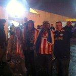 De eerste PSV-fans melden zich bij Estoril. 500 man zit hier straks een paar uur in de stromende regen. http://t.co/AKSZyCbGma