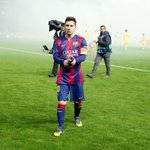 """""""Messi está haciendo cosas por el Barça y el fútbol que no veremos nunca más"""" - Thierry Henry. http://t.co/j7TdNoCFiW"""