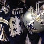 Jason Wittens locker dressed out in the navy uni for today #PHIvsDAL http://t.co/yPL4yo0sb6