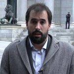 """Vídeo   @carlosecue, periodista de EL PAÍS: """"Rajoy quería hablar de medidas, no de corrupción"""" http://t.co/dRm1jFdw5j http://t.co/MCAVePrKZY"""