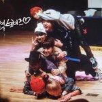 [Preview] 141127 강남 팬싸인회 #방탄소년단 @BTS_twt ????햄버거 햄버거 햄버거 햄버거???? http://t.co/nFWZkbTZ0N