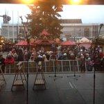 """Gleich geht""""s los :-) #Striezelmarkt #Dresden http://t.co/vMr4zeP01l"""