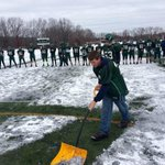 Kyle Jose of Grafton HS Football, injured but shoveling for game against Millbury. @tgsports http://t.co/w76k5MA8ep