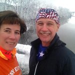 Over the river and through the woods to @TroyTurkeyTrot we go! #SUNYEmpire #enjoytroy http://t.co/64nuXupCUJ