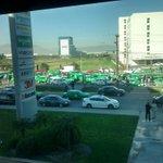 #TraficoMTY Pesado sobre Miguel Alemán hacia Apodaca. Vía @Polo_Rincon http://t.co/YrDuF2T6rT
