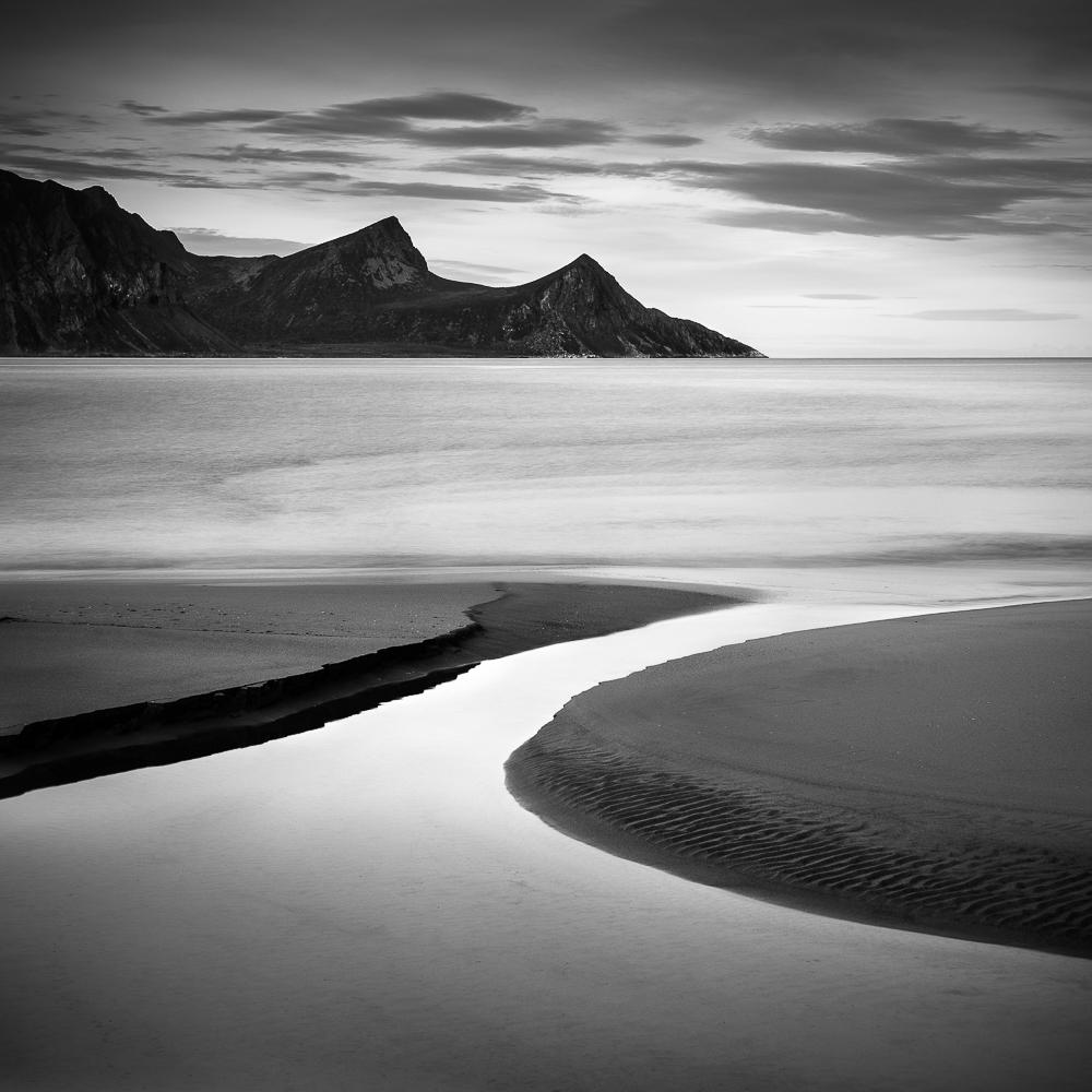 Tips for creating beautiful black and white photos: http://t.co/iqTzxqPepc http://t.co/8MbJfWakZy