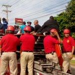 #Panamá sale a las calles para saludar a la campeona Atheyna Bylon. La caravana pasa por Villa Lorena. http://t.co/r4JKZltn9W