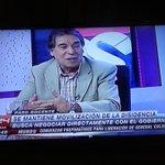 """Darío Vásquez, disidente en @24HorasTVN a las bases del #ParoDocente : """"Hagan consultas en regiones"""" #ParoDocente http://t.co/9ENJcBEk4p"""