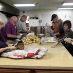 Volunteers in R.I. prepare Thanksgiving meals for delivery to elderly, needy http://t.co/zvypT6Ghhf http://t.co/F9yVSUUJwu