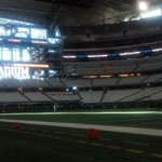 Happy Thanksgiving, #Eagles fans. Were here. Kickoff is fast approaching #BirdDay http://t.co/dMzq72zl3y