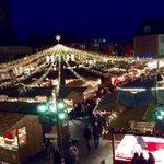 #Mainz Das Lichterzelt über d Buden leuchtet, jetzt ist d Weihnachtsmarkt eröffnet. Und wie das duftet... #Weihma2014 http://t.co/6rFpmcVLIE