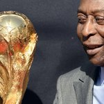 Pele in intensive care after contracting infection http://t.co/5SCYB6ClzL http://t.co/y8WsMXHrjB