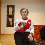 El Rayo crea una fila cero para ayudar a la mujer desahuciada de su piso en Vallecas http://t.co/YSB5I014pt http://t.co/NMeFHrTo04