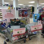 @Worcs_Foodbank the people of Worcester are being so generous at Tesco St. Peters! http://t.co/256IxovpqP