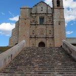 ¿Que tiene #Oaxaca que te motiva a regresar?. . . #México,#AtreveteOaxaca,#VíveloParaCreerlo,#Turismo,#TwitterOax http://t.co/K3KiAZ9402