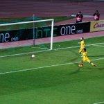 ГООООООЛ! Ари открывает счет! 1:0! #КраснодарЛилль http://t.co/uZ3XyXHmo3