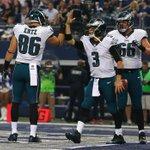 Mark Sanchez leads Eagles into halftime with 23-7 lead over Cowboys. Sanchez: 202 Pass yds, 2 total TD http://t.co/DGJY3IwK22