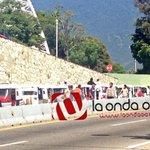 #precaucion Llegan sindicatos de transportistas al cerro del fortín, monitoreando acciones #Oaxaca #twitteroax http://t.co/TSTu59wUna