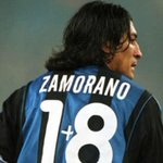 Ivan Zamorano wearing his famous 1+8 jersey, after Ronaldo took his number 9 jersey. http://t.co/ItJ6OH6rxx