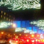 #Madrid está preciosa con las luces de Navidad pero ¿1,7millonesdeeuros mientras hay gente sin hogar? #NadieSinHogar http://t.co/pOiqAAE9L2