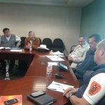 Reunión con autoridades de Matías Romero. Tema: Estación de Bomberos. @GabinoCue @AlbertoEsteva @goboax http://t.co/3ayBGEpEy2