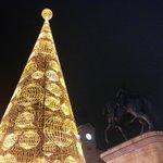 Las Luces De Navidad Ya Brillan En La Capital #Madrid #Navidad Fotografía que nos envía @LaMadrilena http://t.co/FM4mXyxgFk