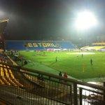 Stromende regen en een vrijwel leeg stadion. Een avondje Europa League in Estoril #estpsv http://t.co/jj3MjA6s3p